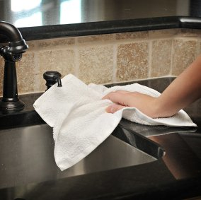 SuperTuff™ Absorbent Terry Cloth Towels Image 1