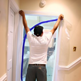 Trimaco E-Z Up® Dust Containment Door Kit Image 2
